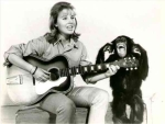 daktaritvshow.wordpress.com clarence the cross-eyed lion movie cheryl miller paula tracy judy the chimp Paula_Gitarre